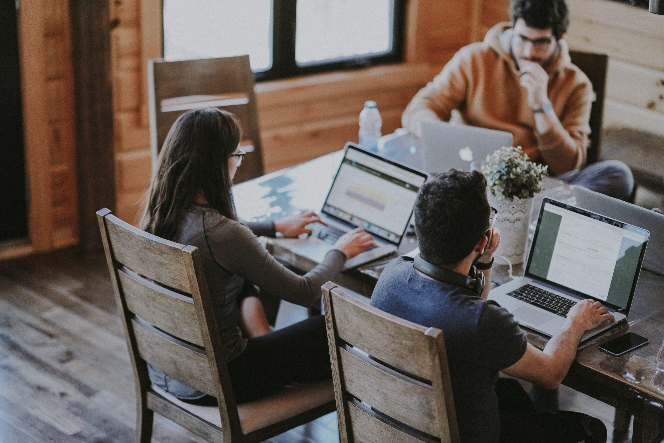 marketing-agencia-comunicación-palma-mallorca-redes-sociales-community-manager-asesoria-consultoria-arantxa-vico-the-808-agency-conoce-como-piensan-los-millennials2